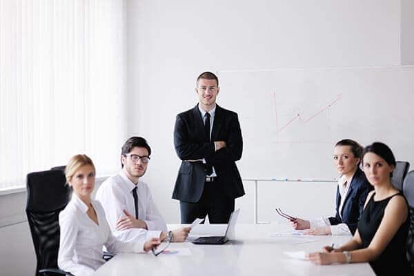 31 V 2021 r. I sesja 12:15-13:45 II sesja 14:00-17:00<br/>Dyrektor jako pracodawca-rola,  zadania, odpowiedzialność w świetle  obowiązującego prawa/zarządzanie  personelem<br/>290 zł