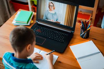 6 V 2021 r. 17:30-20:30<br/>Praca z uczniem ze spektrum  autyzmu w czasie edukacji zdalnej<br/>190 zł